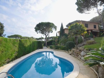 Photo for Fantastic property located in a quiet residential area 4km from the centre of Begur and Ai