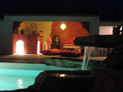 Photo for Quiet villa with pool facing the Ventoux ideal to recharge