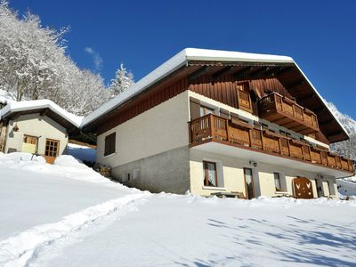 Photo for Homerez last minute deal - Amazing apt - 40 m from the slopes