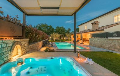 Photo for Luxury Villa Lori with Private Pool and Hot Tub
