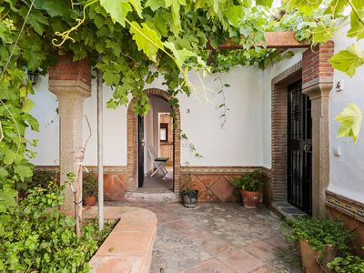 Photo for In Spanish country house with pool - Apartamento La Jandeta 3