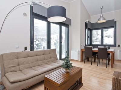 Photo for Floc 34 apartment in Canillo with WiFi, private parking, balcony & lift.