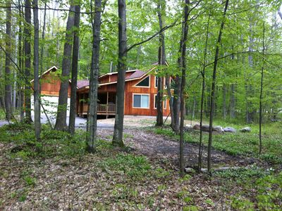 Photo for 'Walk In The Woods' modern and secluded home in hills of Schuss Mtn.