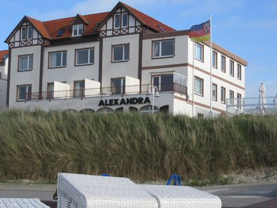 Photo for High quality apartment for up to 2 P. directly on the beach of Wangerooge with north view