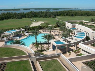 Photo for Luxury Hi-Rise - Incredible Views - Resort Style Pool & Clubhouse