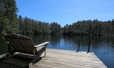 Take a 5 min stroll to the lake! Catch and keep-no license required