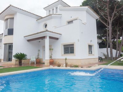 Photo for Fabulous villa with private pool