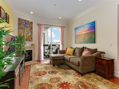 Photo for 2BR Condo Vacation Rental in Hollywood, California
