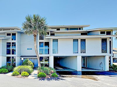 3C Inlet Point, 3 Story Oceanfront Townhouse with Easy Beach Access