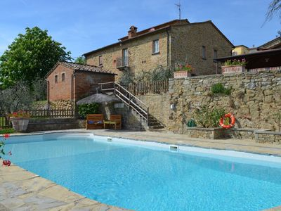 Photo for Very nice tuscan villa with private pool in beautiful position and so close to the very nice old center of Monte San Savino taht you can walk there in 2 minutes.