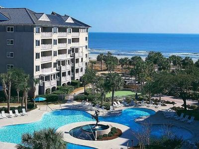 Photo for Hilton Head 2-Bdrm/2-Bath Beachfront Resort