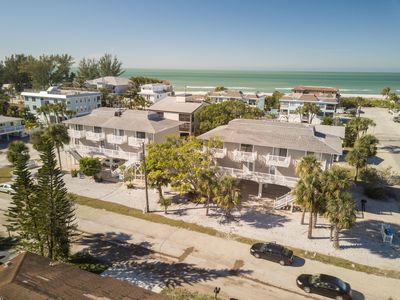 Fountainhead Condo 3 2/2 Condo Steps To white Sugar Sand Beach, Large Pool