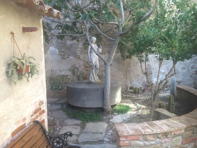 Photo for Picturesque apartment wiht garden in Umbrian Medival town