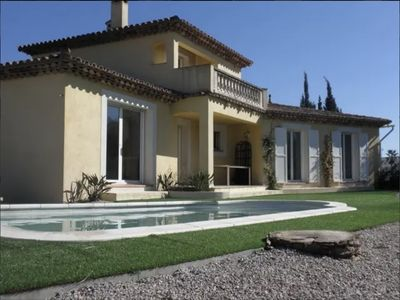 Photo for Les Hoirs - Holiday home within walking distance of Puget sur Argens.