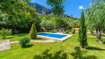 Photo for Charming villa with breathtaking garden. Privacy guaranteed