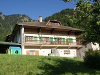 Great location and nice spacious apartment with large balcony overlooking the beautiful mountains