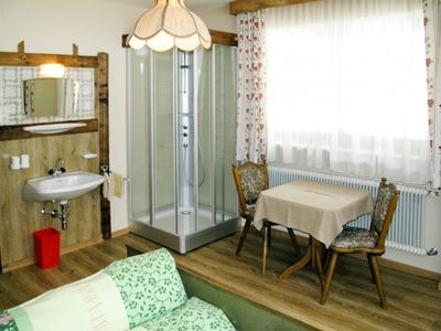 Photo for Lovely apartment for 27 guests with WIFI, TV, balcony, pets allowed and parking