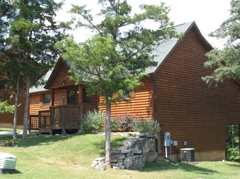 Two bedroom luxury log cabin in westgate resort branson for Two room log cabin