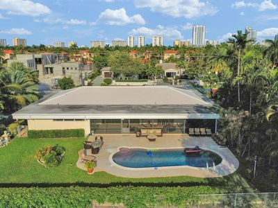 Photo for Large Hollywood Beach Villa With A Golf Course View, Pool and A Screened In Area