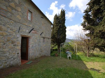Photo for Wonderful private villa with TV, pets allowed, panoramic view and parking, close to Lucca