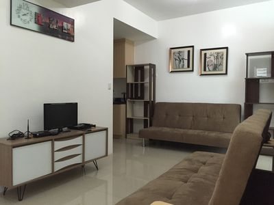 Central 2-BR Top Mall & MRT; w Free WiFi