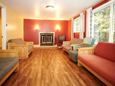 Photo for 9BR Cottage Vacation Rental in Rawdon, QC