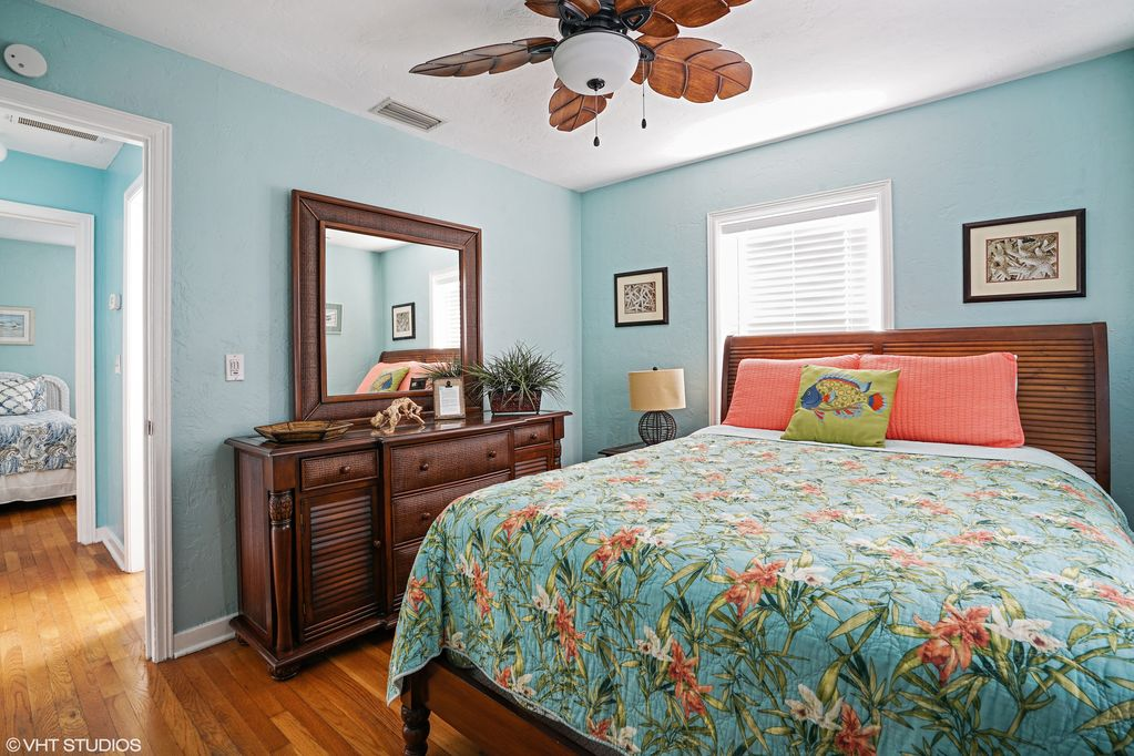 Updated Key West Style Cottage