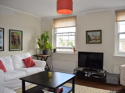 Photo for Charming 1 Bedroom Apartment in Angel