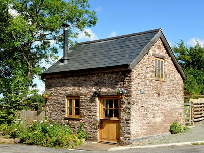 Photo for 1 bedroom Cottage in Hay-on-Wye - 51916