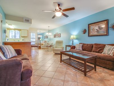 Photo for Luxurious townhouse close to private beach, pools, mini-golf - snowbirds welcome
