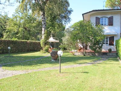 Photo for Holiday Home for 6 People, 650m from Sea, 2 Bikes, Private Garden, WIFI, SAT TV