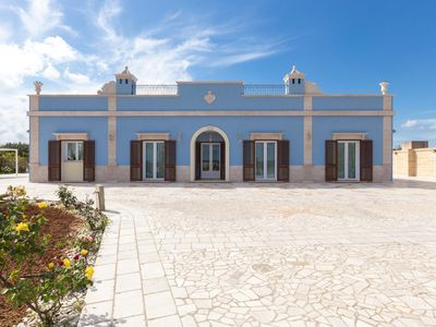 Photo for 3 bedroom Villa, sleeps 10 with Pool, Air Con and FREE WiFi