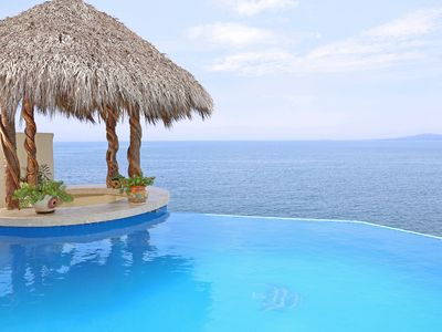 Photo for ★★★★★ OCEANFRONT - 2 POOLS - WATERFALL - MINUTES 2 BEACH - ELEVATOR - FULL STAFF