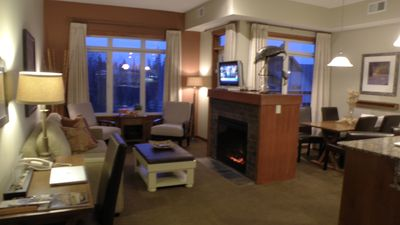 Penthouse Style, Stunning views, Search Premium Stayz Canmore - Canmore