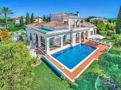 Photo for Deluxe villa in Quinta Verde beside Quinta do Lago L794
