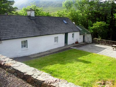 Photo for Traditional stone cottage, near Dingle and the Wild Atlantic Way…