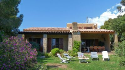 Photo for Pianottoli Caldarello: Large house (10 pers.) in an exceptional setting, 200-meters walk to the beach