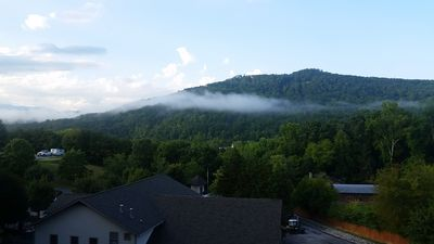 Photo for Beautiful, QUIET Condo in Pigeon Forge, 1 King Bed, Queen Sleeper Sofa, 2 Pools