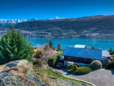 Photo for Uranga Villa - close to the lakefront, hiking trails and Remarkables ski field