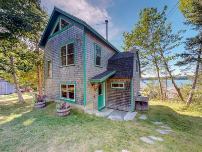 Photo for NEW LISTING! Waterfront, tech-free home w/ river view, kayaks & wood stove