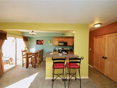 Photo for 2 Bedroom Luxury Condo With a Bonus Loft Sleeping Area. Great Moab Views. Pets Welcome.