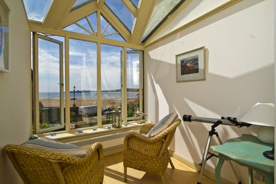 Sunny bright conservatory leading from kitchen, amazing views, chill zone