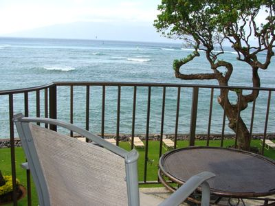 Photo for Ocean Front Views from this one bedroom condo at Kahana Reef #314