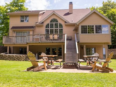 Private And Secluded Lake Home, Family-Friendly, Reunions & Pet-Friendly