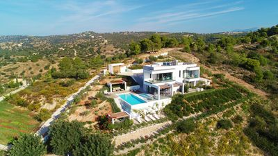Photo for Unique, modern and luxurious villa with staff in Porto Heli.
