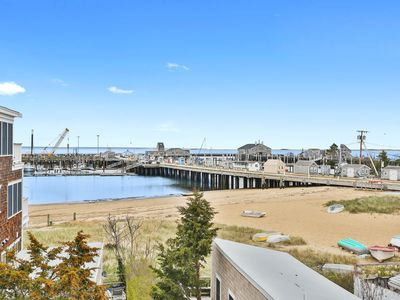 Photo for Newly Renovated Penthouse! Water View