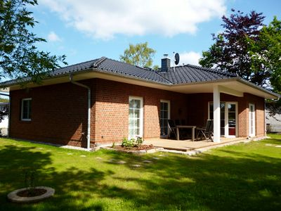 Photo for Anchor House Karlshagen ~ stylishly furnished with sauna / fireplace, quiet and centrally