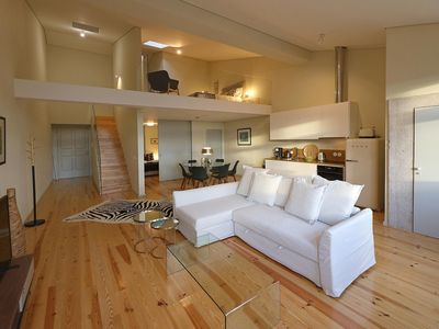 Photo for Spacious Porto Heritage Downtown III apartment in Sé with WiFi.