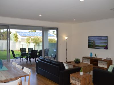 Photo for Western Breeze Port Willunga, 800 metres from the sand Free Wi-Fi