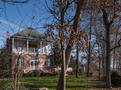 Photo for Mount Vernon riverfront 5kSF house w/10 beds, 5.5 baths, 6 bedrooms, 12 guests
